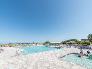 Beach and Tennis A144, 1 Bedroom, Fully Renovated, Pool, Sleeps 6 - Hilton Head vacation rentals