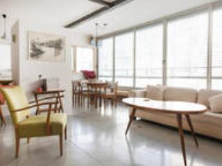 Center Tel Aviv, 10 min walk to beach - Tel Aviv vacation rentals