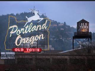 1 Bedroom Ultra Moder Loft - Old town - Pearl - DT - Portland vacation rentals