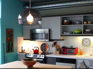 1 Bedroom Ultra Moder Loft - Old town - Pearl - DT - Portland vacation rentals