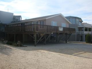 Great Location!: 2nd from Beach in Harvey Cedars - Harvey Cedars vacation rentals
