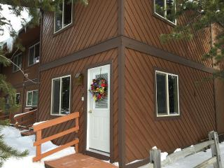 Comfortable townhouse, enter dates for pricing up to 8. - West Yellowstone vacation rentals