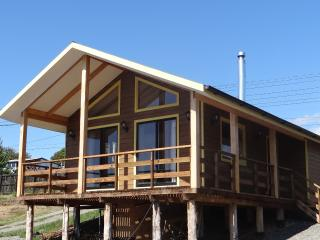 Cabañas amobladas en el Lago Huillinco - Chiloé - Chonchi vacation rentals