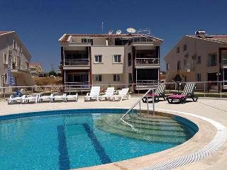2 bedroom 2 bathroom Ground floor Altinkum - Altinkum vacation rentals