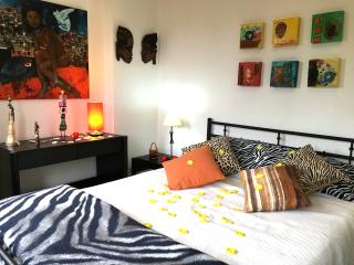 Sea & Sun Caparica House - Costa da Caparica vacation rentals