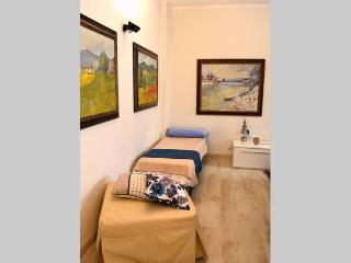 RICASOLI SWEET HOME IN HEART OF FLORENCE - Florence vacation rentals