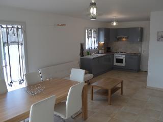Maison  près du pont du gard et d'uzes - Vers-Pont-du-Gard vacation rentals