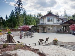 Relax in the Park at Shawnigan Lake - Shawnigan Lake vacation rentals