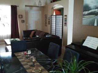 Modern & Spacious Single Family Home - Phoenix vacation rentals