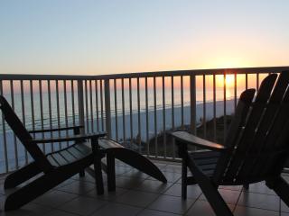 Beachfront Double Master 4 bedroom/ 4 Bath - Miramar Beach vacation rentals