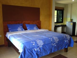 Cozy Bungalow with Internet Access and A/C - Ko Lanta vacation rentals