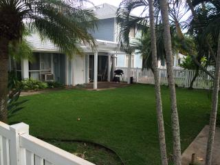 Nice Private room with Internet Access and A/C - Waipahu vacation rentals