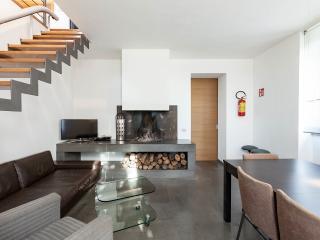 CASALFATTORIA - Luxury&Design, A/C Parking Garden WiFi Fireplace SatTV Nespresso - Rome vacation rentals