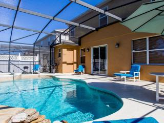 Disney or Golf ?   Luxury 5 bed 4.5 bath villa - Davenport vacation rentals