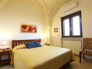CLIVIA - RESIDENCE BORGO ANTICO DISO - Diso vacation rentals
