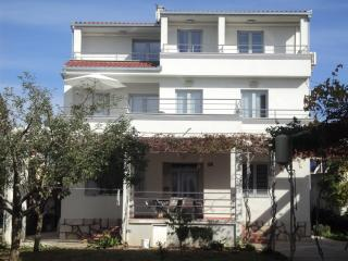 Apartment Petra Murter - apartment Perla - Murter vacation rentals