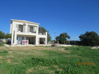 Nice Villa with Washing Machine and Stereo - Methoni vacation rentals