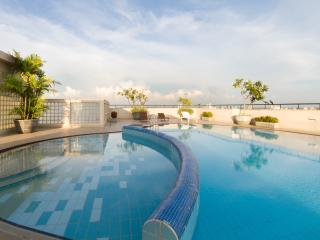 Modern 2BR Apts at Hedges Court Central Cololombo - Colombo vacation rentals