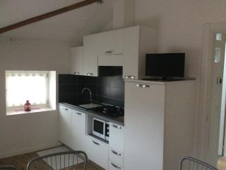 2 bedroom Apartment with Television in Levico Terme - Levico Terme vacation rentals