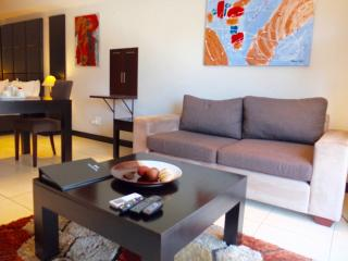 Trendy & Panoramic Icon Lock-up and Go - Cape Town vacation rentals