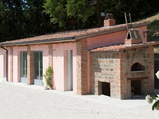 Splendid Villa with pool in the Rome countryside - Tarano vacation rentals