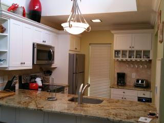 2/2 with Beach/Boat dock/pool - Longboat Key vacation rentals