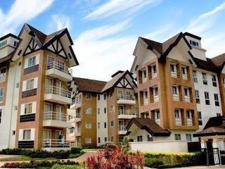 Mid-rise 2 BR Condo w/ Cable & Wifi - Baguio vacation rentals
