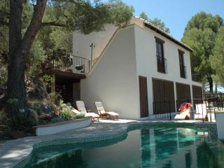 Lovely Villa with A/C and Television - Monda vacation rentals