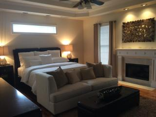 Large Luxury In The Suburbs Of Atlanta Sleeps 20 - Powder Springs vacation rentals