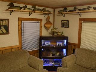 Glen's Tawas Lake Home, Pets OK, Boat, Deck - East Tawas vacation rentals