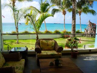 Luxurious Apartment; Private Access to the Beach - Simpson Bay vacation rentals