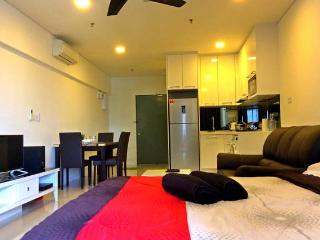 Nice Studio with Internet Access and A/C - Kuala Lumpur vacation rentals