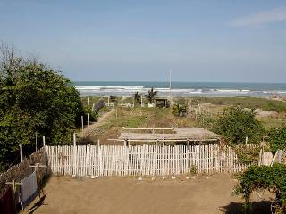 2 bedroom apartment, 3 km away from Canoa town - Canoa vacation rentals