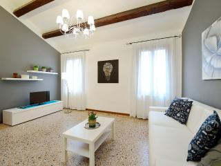 ACCADEMIA 6 - Venice vacation rentals