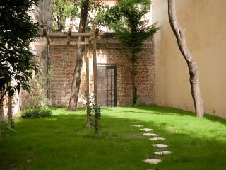 ACCADEMIA 4 - Venice vacation rentals