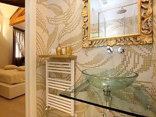 GOLDEN - Venice vacation rentals