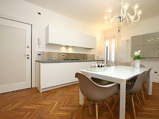 Nice 3 bedroom Apartment in Venice - Venice vacation rentals