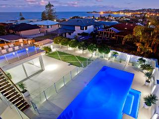 The famous Limelight sleeping 18 people - Wamberal vacation rentals