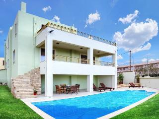 Luxury 5 bedrooms villa next to beach,private pool - Sfakaki vacation rentals