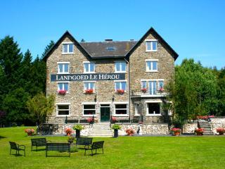 Ardennen Landgoed Le Herou 4* locatie op 8 ha 60p - La Roche-en-Ardenne vacation rentals