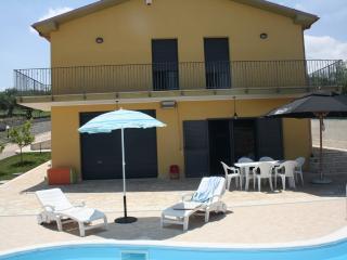 villa campagne - Montenero di Bisaccia vacation rentals