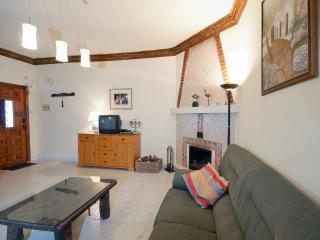Comfortable villagehouse in moorish village 4/6 - Pitres vacation rentals