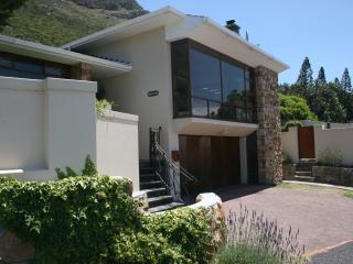 Seaside Self-Catering Holiday House in Muizenberg - Muizenberg vacation rentals
