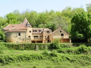 Gîte de charme la maison du boulanger - Campagnac-les-Quercy vacation rentals