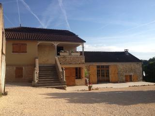 Gite la Fleurieu - Puy-l Eveque vacation rentals
