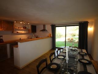 Suite familiale de charme 4 à 8 personnes - Campagnac-les-Quercy vacation rentals