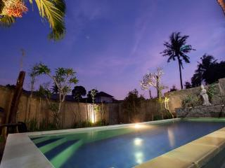 Kubu Jepun - 3 BR Simply designed Balinese Home - Canggu vacation rentals