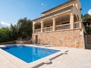 S'ERA VELA - 0518 - S' Horta vacation rentals
