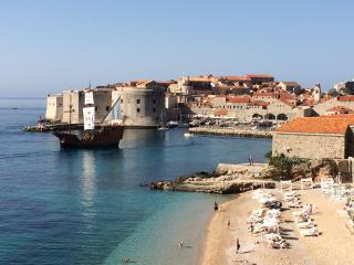 APARTMENT LAURA - The most amazing breathtaking view to the sea and Dubrovnik Old Town! - Dubrovnik vacation rentals