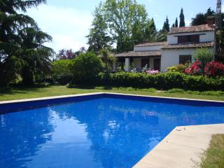Beautiful 2 bedroom Villa in Giarre with Housekeeping Included - Giarre vacation rentals